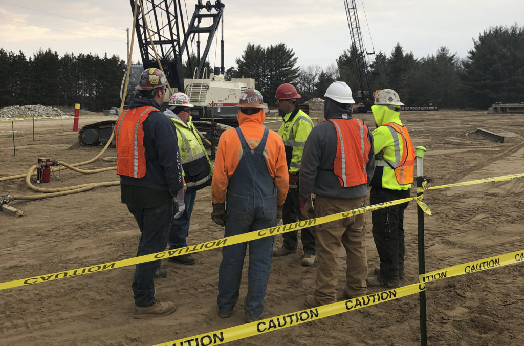 UBC millwrights prepare for work with cranes