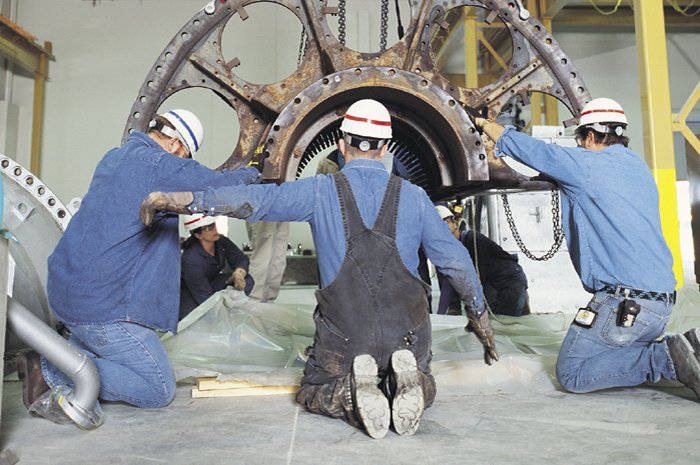 UBC millwrights gain skills in power generating equipment